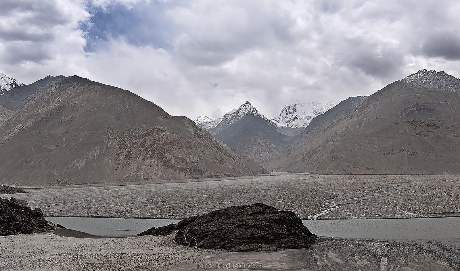 Tayikistán  Indomitus Tato Rosés 06
