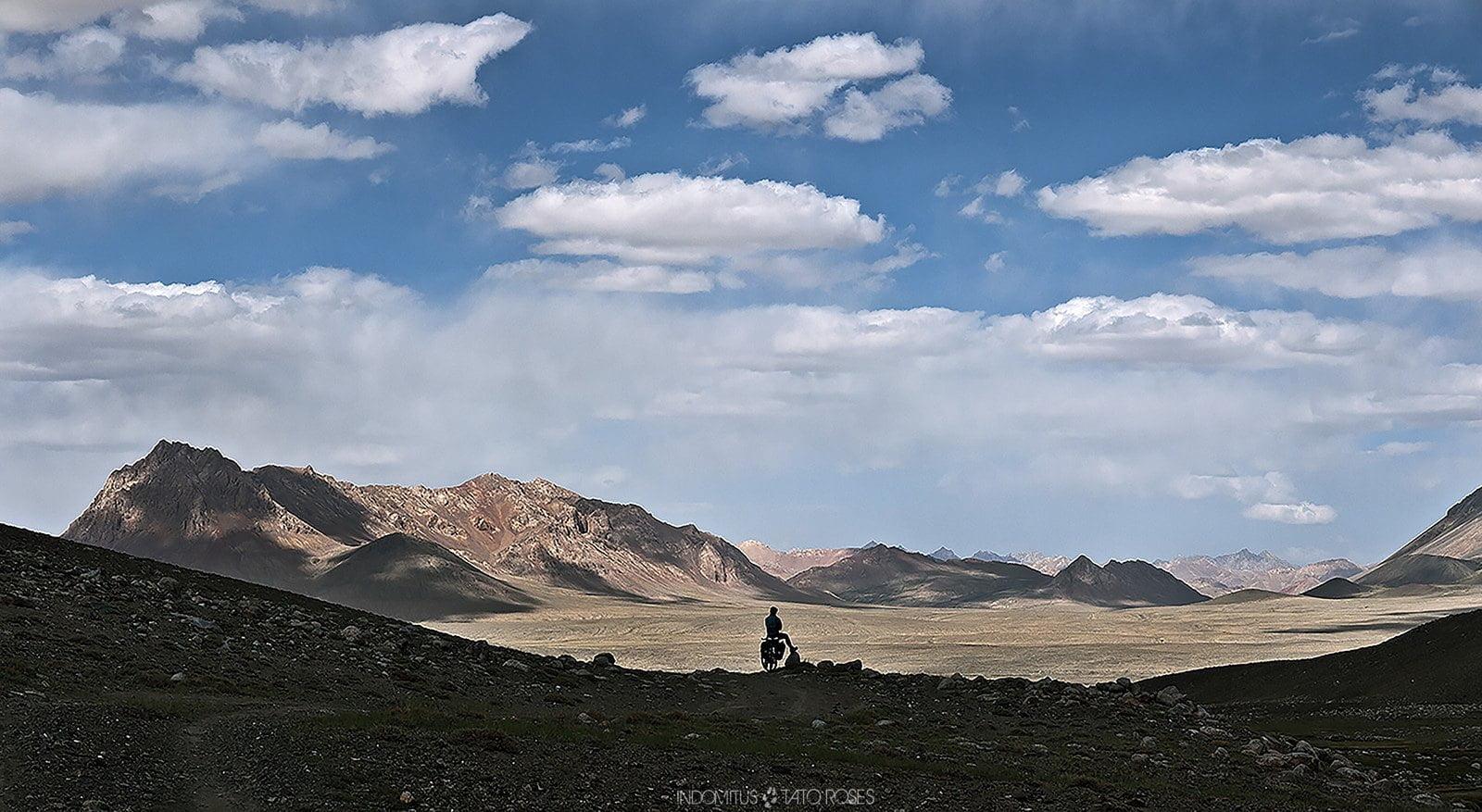 Tayikistán  Indomitus Tato Rosés 22
