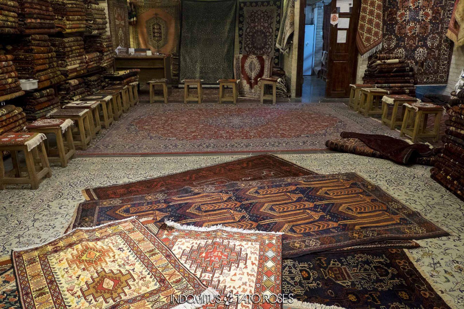 Irán 232 Tienda alfombras bazar Isfahan